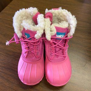 Native Kids Winter Boots
